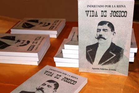 AGUSTÍN SOBRINO ARANDA PRESENTA SU LIBRO EN BOLAÑOS