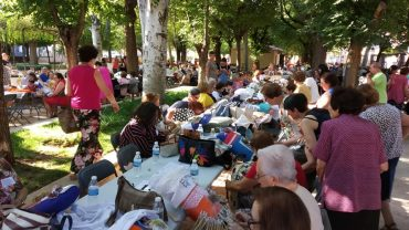 EL XIII ENCUENTRO DE ENCAJERAS  CONGREGÓ A MÁS DE 300 PARTICIPANTES